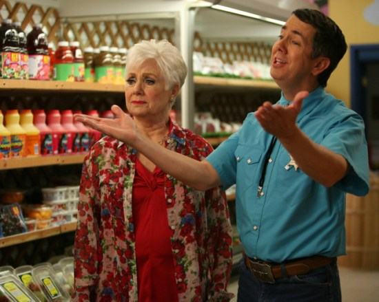 Raising Hope Season 3 Finale Burt Mitzvah – The Musical; Mother's Day 06