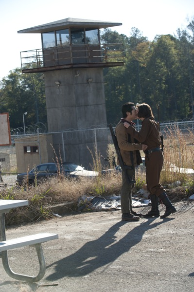 The Walking Dead Season 3 Episode 15 This Sorrowful Life 06