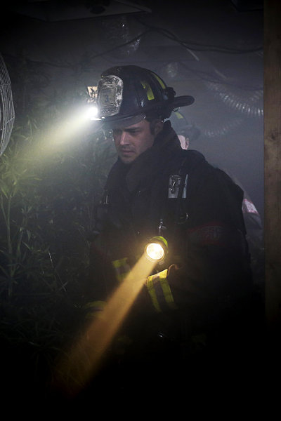 Chicago Fire Episode 20 Ambition  (1)