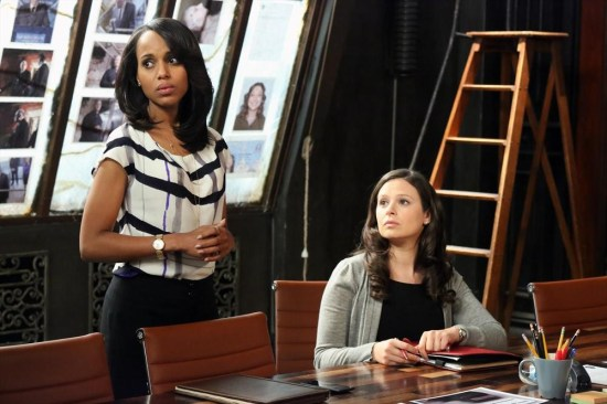 Scandal Season 2 Episode 18 Molly, You in Danger, Girl  (5)