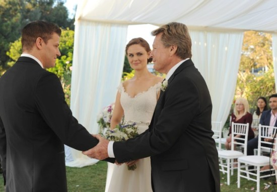 Bones Season 9 Episode 6 The Woman in White 8
