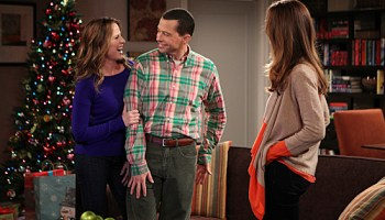 watch two and a half men what a lovely landing strip online two and a half men s11e10 on vodka on soda on blender