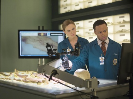 Bones Season 9 Episode 12 The Ghost in the Killer (7)