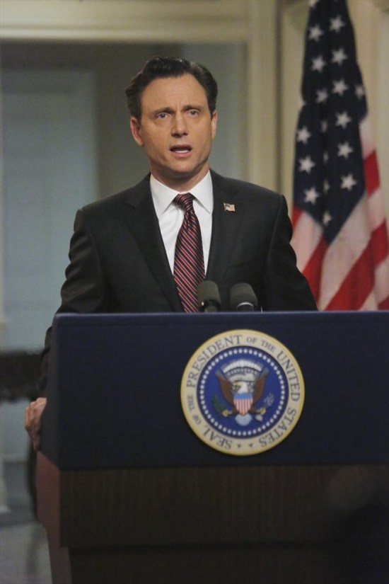 Scandal Season 3 Episode 14 Kiss Kiss Bang Bang (6)