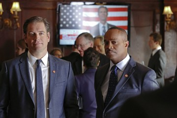 """""""Charade"""" -- After Tony's (Michael Weatherly, left) identity is stolen by multiple perpetrators, the fake Special Agent DiNozzos begin blackmailing Senators, on NCIS, Tuesday, April 5 (8:00-9:00 PM, ET/PT), on the CBS Television Network. Also pictured: Rocky Carroll (right) Photo: Robert Voets/CBS ©2016 CBS Broadcasting, Inc. All Rights Reserved"""