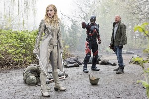 """DC's Legends of Tomorrow --""""Legendary""""-- Image LGN116a_0175b.jpg --  Pictured (L-R): Caity Lotz as Sara Lance/White Canary, Brandon Routh as Ray Palmer/Atom and Dominic Purcell as Mick Rory/Heat Wave -- Photo: Dean Buscher/The CW -- © 2016 The CW Network, LLC. All Rights Reserved."""