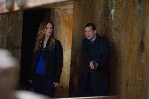 Unforgettable Season 3 Episode 8 The Island 3