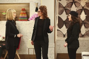 2 Broke Girls And The Zero Tolerance Season 4 Episode 16 03
