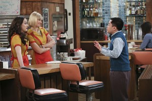 2 Broke Girls And the Grate Expectations Season 4 Episode 21 9