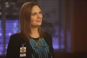 "BONES:   Brennan (Emily Deschanel) in the Season Finale ""The End in the End"" episode of BONES airing Thursday, June 11 (8:00-9:00 PM ET/PT) on FOX.  ©2015 Fox Broadcasting Co.  Cr:  Jordin Althaus/FOX"