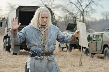 """DEFIANCE -- """"My Name is Datak Tarr and I Have Come to Kill You"""" Episode 308 -- Pictured: Tony Curran as Datak Tarr -- (Photo by: Ben Mark Holzberg/Syfy)"""