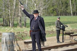 amc.com hell-on-wheels-episode-...re-thomas-meaney-800x600
