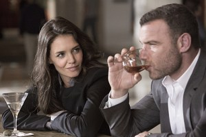Katie Holmes as Paige Finney and Liev Schreiber as Ray Donovan in Ray Donovan (Season 3, Episode 06). - Photo:  Michael Desmond/SHOWTIME - Photo ID:  RayDonovan_306_0738.R