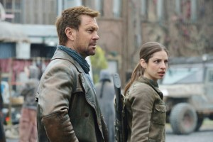 """DEFIANCE -- """"The Awakening"""" Episode 312 -- Pictured: (l-r) Grant Bowler as Joshua Nolan, Anna Hopkins as Jessica """"Berlin"""" Rainer -- (Photo by: Ben Mark Holzberg/Syfy)"""