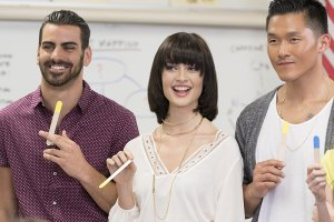 "America's Next Top Model -- ""The Girl Who Got All Dolled Up"" -- Image: TM2208A_0055.jpg -- Pictured (L-R): Cycle 22 Contestants, Nyle, Lacey and Justin  -- Photo: Aaron Epstein /The CW -- © 2015 The CW Network, LLC. All Rights Reserved"