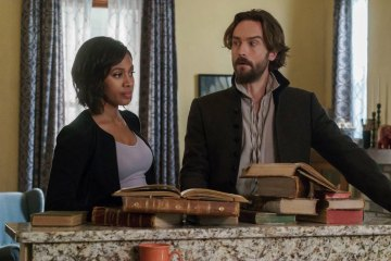 "SLEEPY HOLLOW: L-R: Nicole Beharie and Tom Mison in the ""The Sister Mills"" episode of SLEEPY HOLLOW airing Thursday, Oct. 22 (9:00-10:00 PM ET/PT) on FOX. ©2015 Fox Broadcasting Co. CR: Tina Rowden/FOX"
