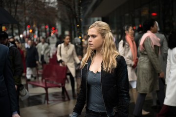 "The 100 -- ""Perverse Instantiation - Part Two"" -- Image HU316b_0004 -- Pictured: Eliza Taylor as Clarke -- Credit: Diyah Pera/The CW -- © 2016 The CW Network, LLC. All Rights Reserved"
