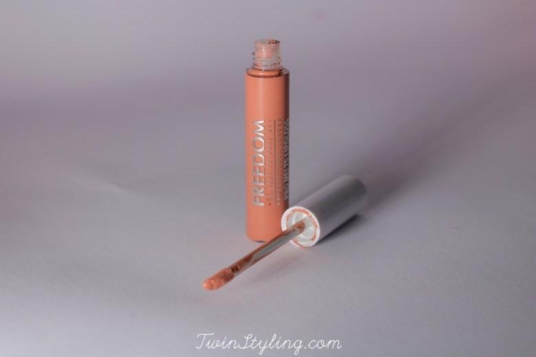 pro melts liquid lipstick in d-ream freedom make-up