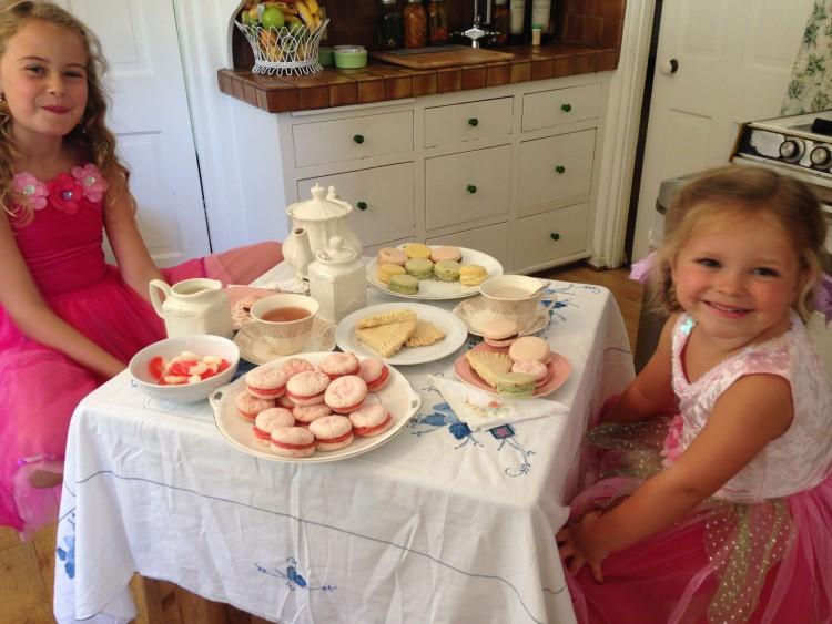 1- Tea Party