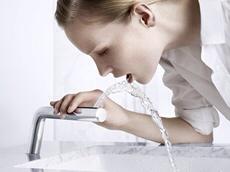 rotating faucet