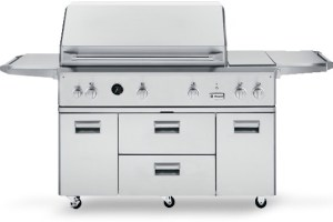 New Grills at Universal Appliance and Kitchen Center