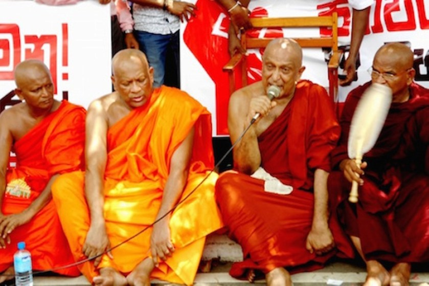 Sri Lankan monks back president's extra powers