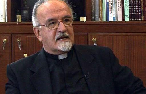 """الأب كميل مبارك لـ""""النشرة"""": الطمع مستمر بمواقع المسيحيين والمطلوب وحدة القوى المسيحية لمواجهته"""