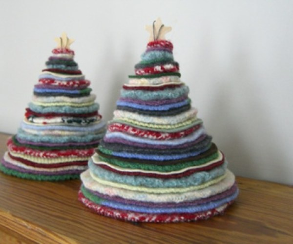 recycled rag christmas tree via You The Designer