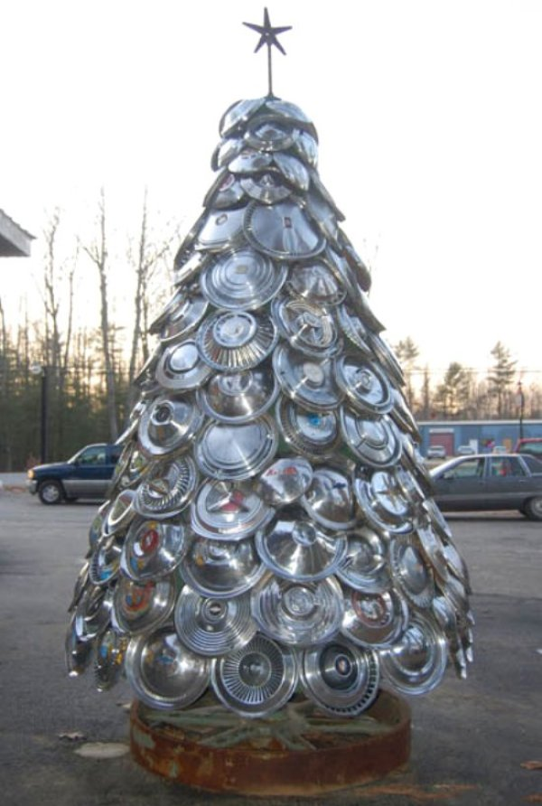 Hub cap tree via You The Designer