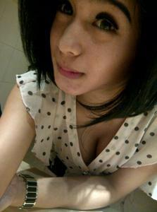 Hot Nadia Ervina