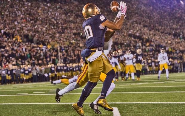 Notre Dame TE Alize Jones (Photo: (Photo: Zach Bolinger // Icon Sportswire)