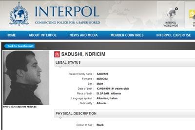 Ndriçim Sadushi ne faqen e Interpolit