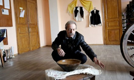<!--:en-->Pastoral life of Albanians in Odessa in Ukraine, stricken with anxiety over relations with Russia<!--:-->