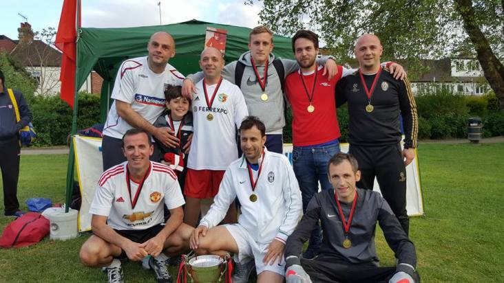 """FC Vicianët, fituesit e turneut """"NUREDIN SOPI 2016"""", Londër, 15 maj 2016"""