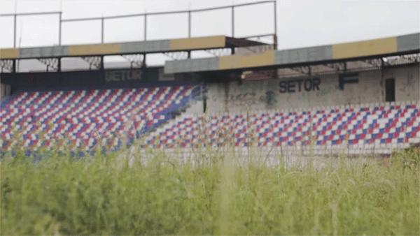 Lembra do estádio Pinheirão, em Curitiba? Virou um estacionamento.