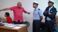 Domenico Savio affiancato dai Vigili, non sono un delinquente
