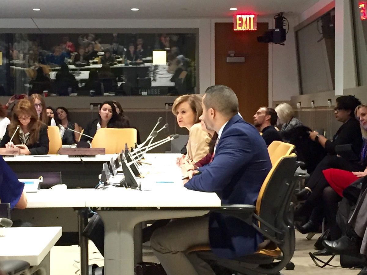 Photo: UN Under-Secretary-General for Communications and Public Information Cristina Gallach leads a panel discussion at the launch of the Step It Up Media Compact on 22 March 2016.