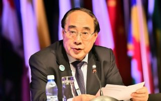 Photo: Wu Hongbo, UN Under-Secretary-General for Economic and Social Affairs addresses opening plenary of the UN World Data Forum in Cape Town, South Africa.
