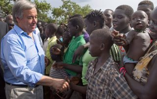 The Secretary-General meets South Sudanese refugees during a visit to Imvepi settlement in northern Uganda in June 2017. UN Photo/Mark Garten