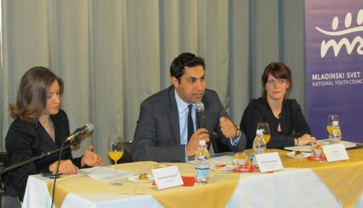 Alhendawi at a round table event discussing youth participation and the launch of UN Youth Delegate Programme in Slovenia