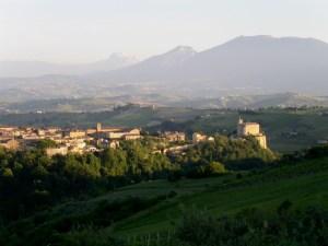 Offida, Stadt des Rosso Piceno