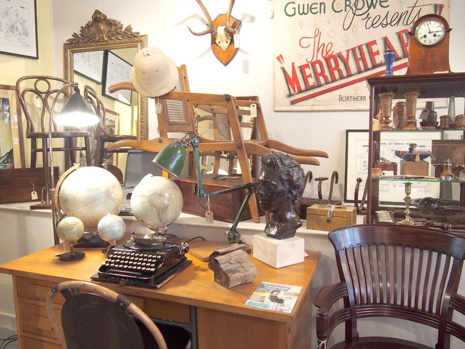 Anticuarios de Inglaterra Goods Depot