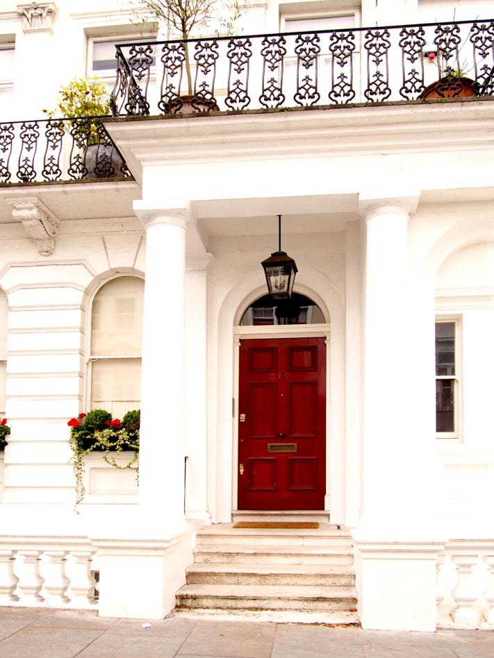 Paseo por Notting Hill puerta casa
