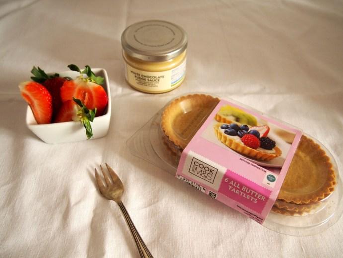 Tartaletas de fresas y chocolate blanco