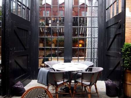 Chiltern Firehouse Hotel terraza