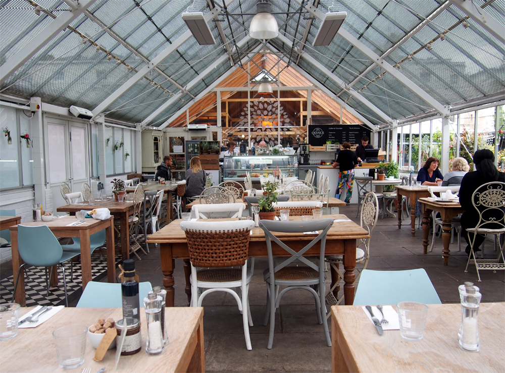Clifton Nurseries café