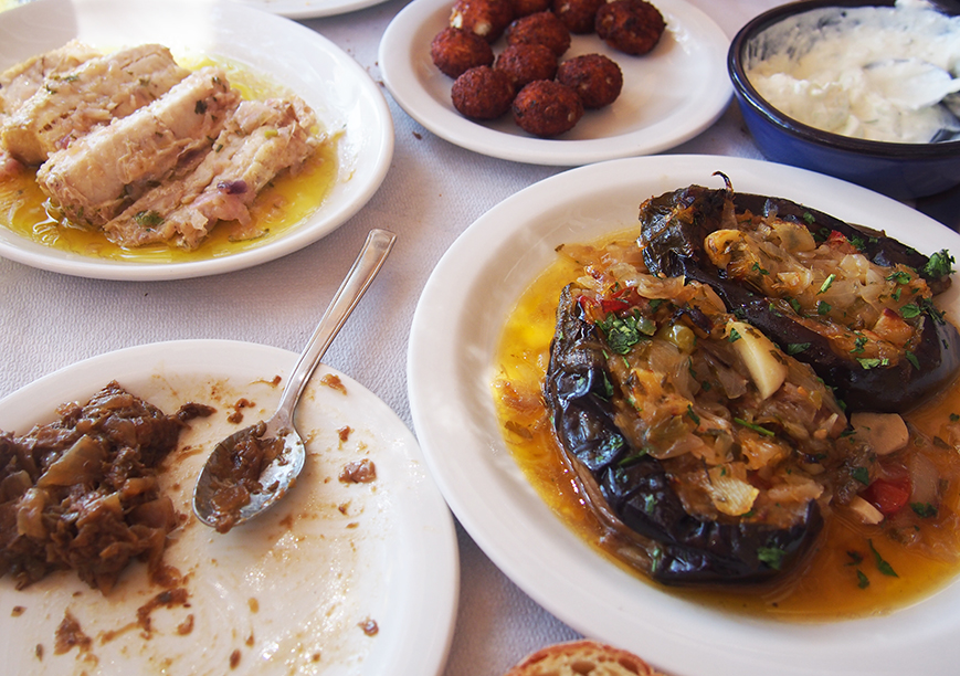 Sifnos en Grecia restaurante Txicali