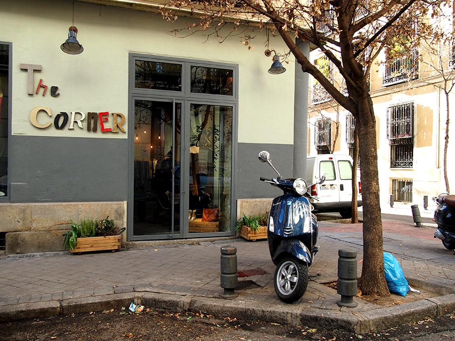 Barrio de las salesas de madrid moto