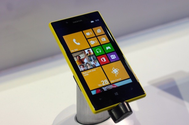 Nokia Lumia 720 Initial Review and Hands-on!
