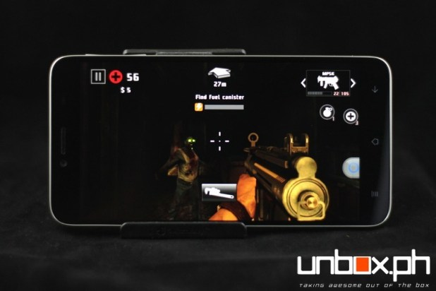 The Starmobile Diamond X1 can handle everything from killing zombies in Dead Trigger 2...